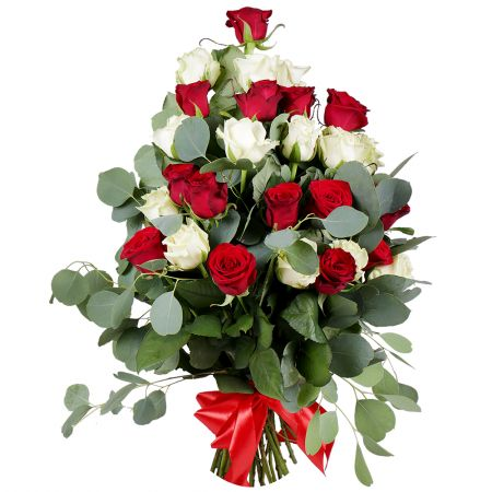 Buy the gorgeous bouquet of roses with delivery